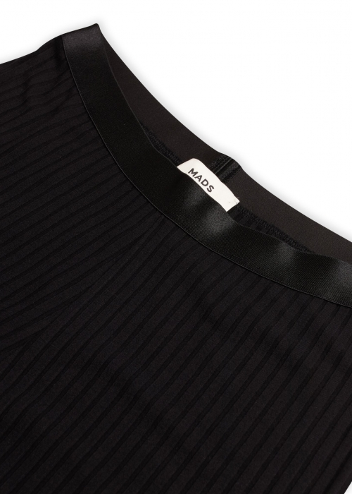 5 x 5  Solid Lonnie Leggings BLACK