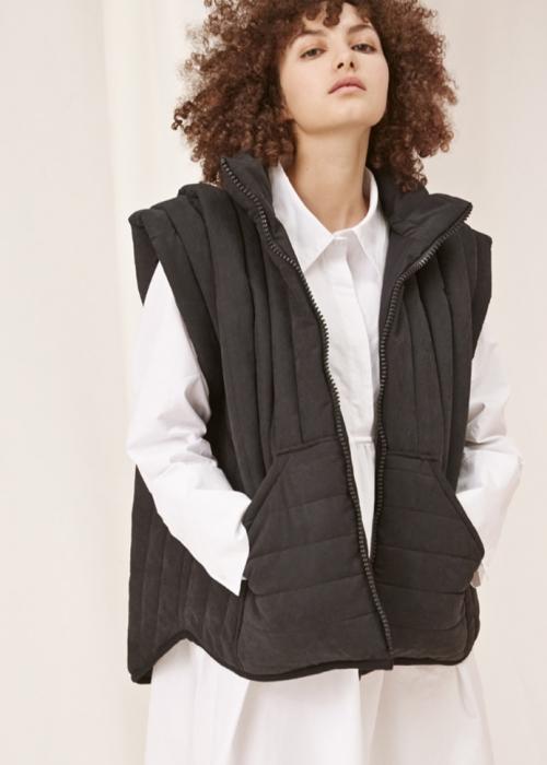 Grace vest BLACK