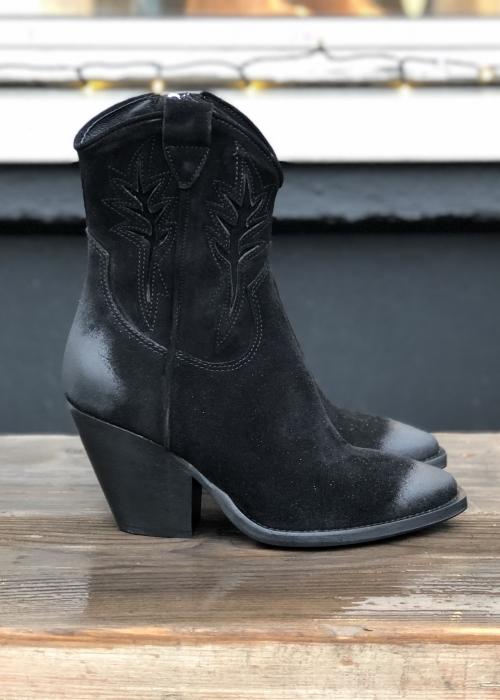 Bukela Amira boot BLACK SUEDE