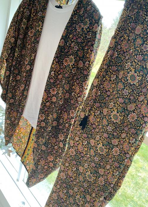 Luna short kimono BLACK BLOSSOM