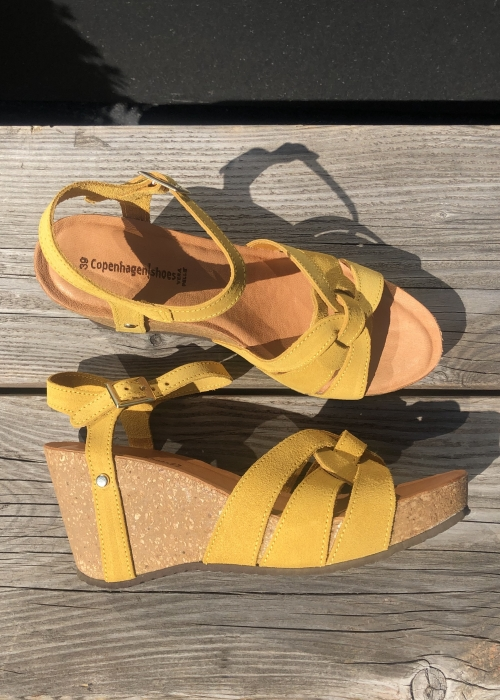 Fly sandal YELLOW