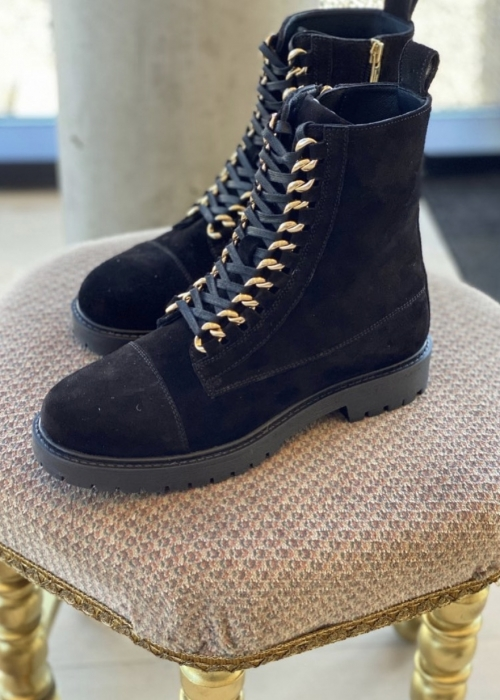 Ally suede boot BLACK