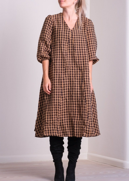 Tasia airy check dress CAMEL