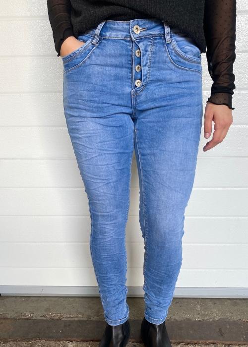 Soft blue jeans 9121