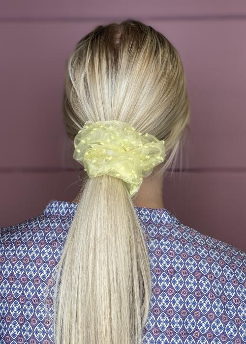 Bella dot mesh scrunchie LT. YELLOW